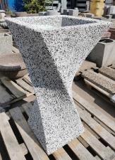 Вазон бетонный Ялта с фактурой из камня